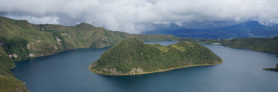 Hiking Laguna Cuicocha